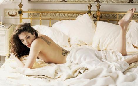 горячее фото Анджелины Джоли