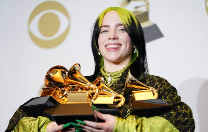 Billie Eilish во время вручения наград Гремми