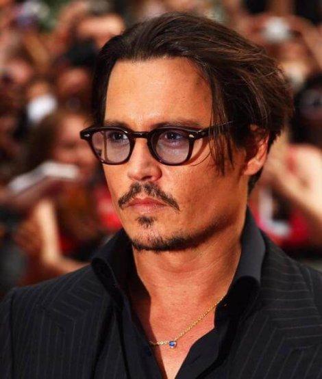 актер Johnny Depp