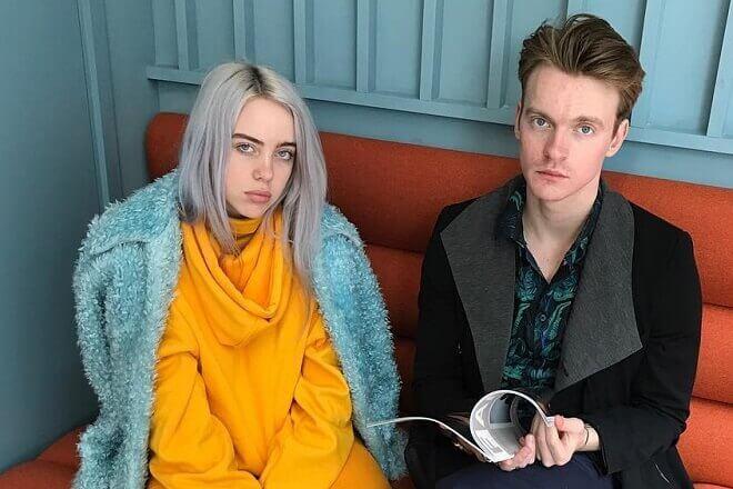 Billie Eilish и ее брат Финнеас