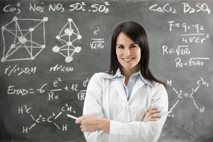 женщина ученый